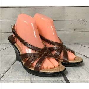 Sofft Wedge Size 9 9M Sandals Brown Leather
